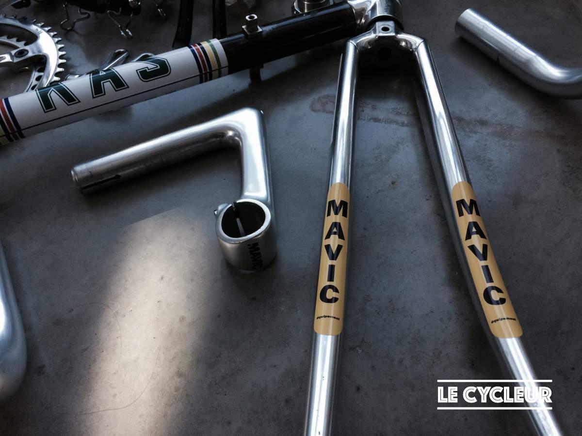 Mavic stem and Vitus fork with Mavic team stickers.